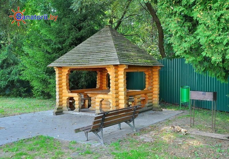 Санатории Белоруссии Беларуси - санаторий Белорусочка - Площадка для шашлыков