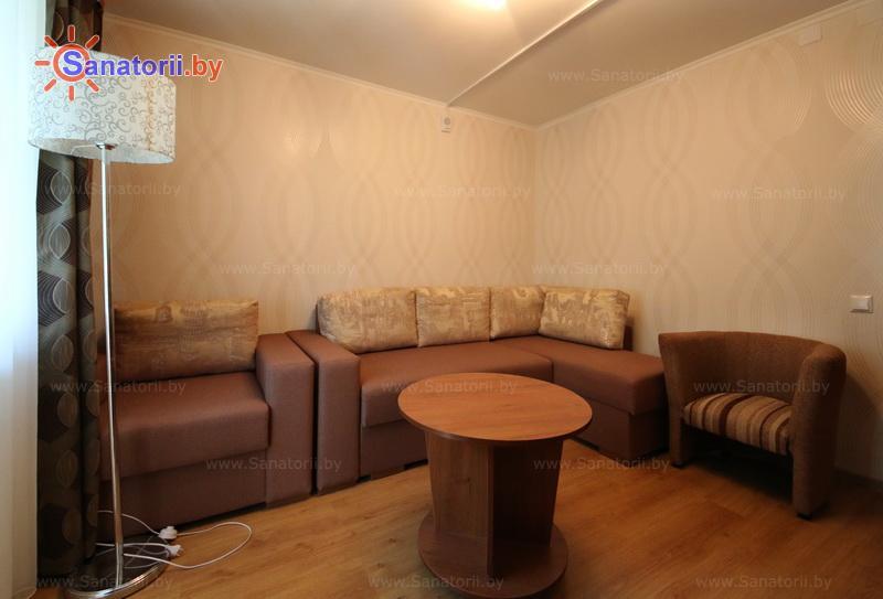 Санатории Белоруссии Беларуси - оздоровительный центр Энергетик - двухместный трехкомнатный люкс (жилой корпус)