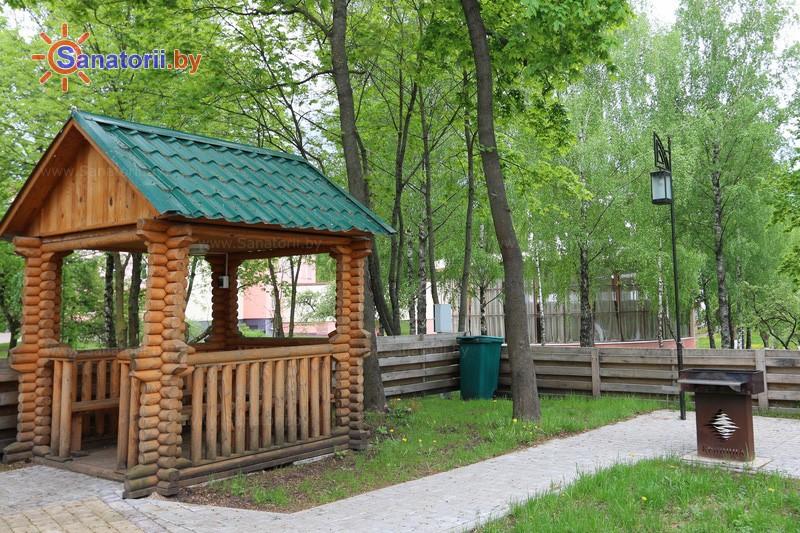Санатории Белоруссии Беларуси - санаторий Криница - Площадка для шашлыков