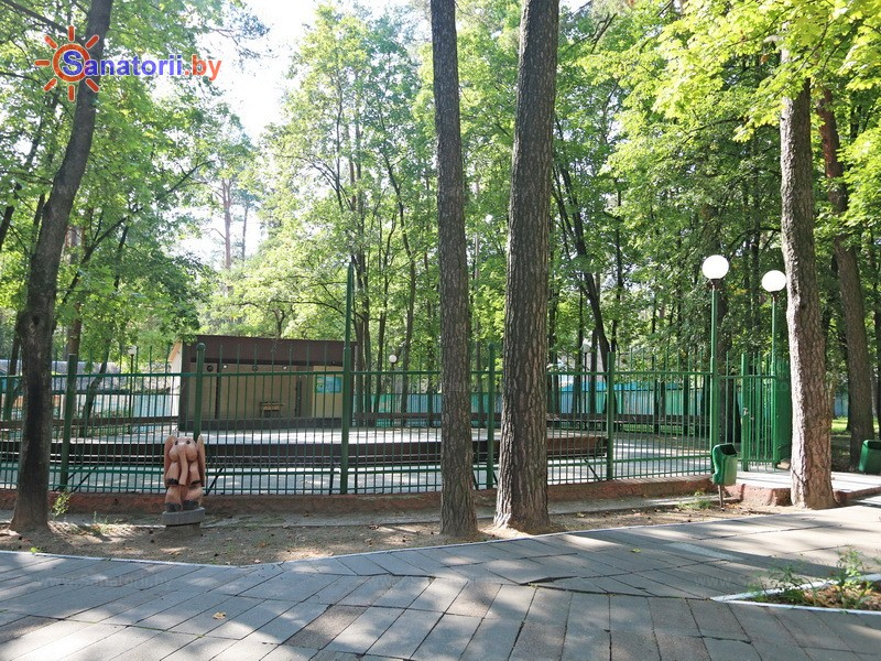 Санатории Белоруссии Беларуси - санаторий Чёнки - Танцплощадка летняя