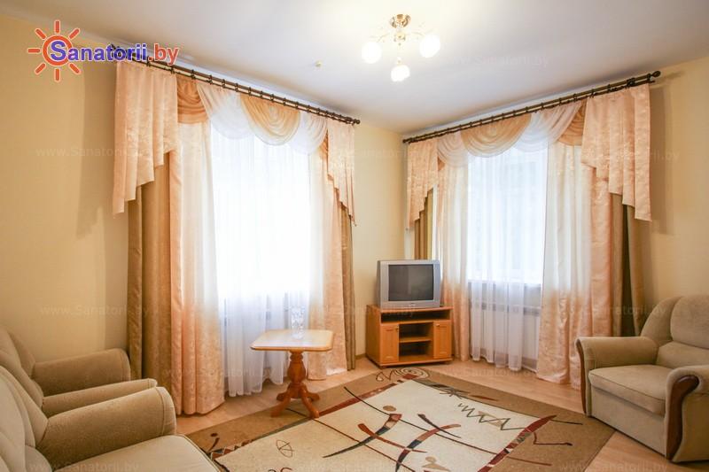 Санатории Белоруссии Беларуси - санаторий Лепельский военный - двухместный трехкомнатный люкс (спальный корпус №3)