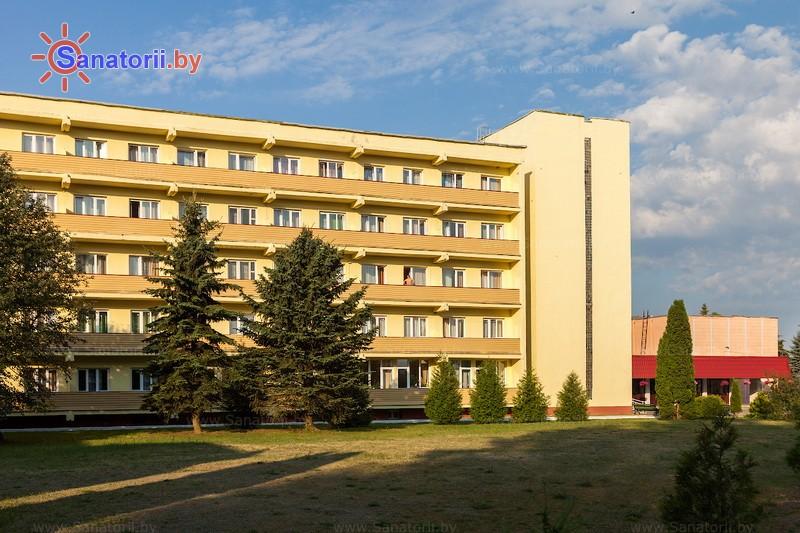 Санатории Белоруссии Беларуси - санаторий Поречье - главный корпус