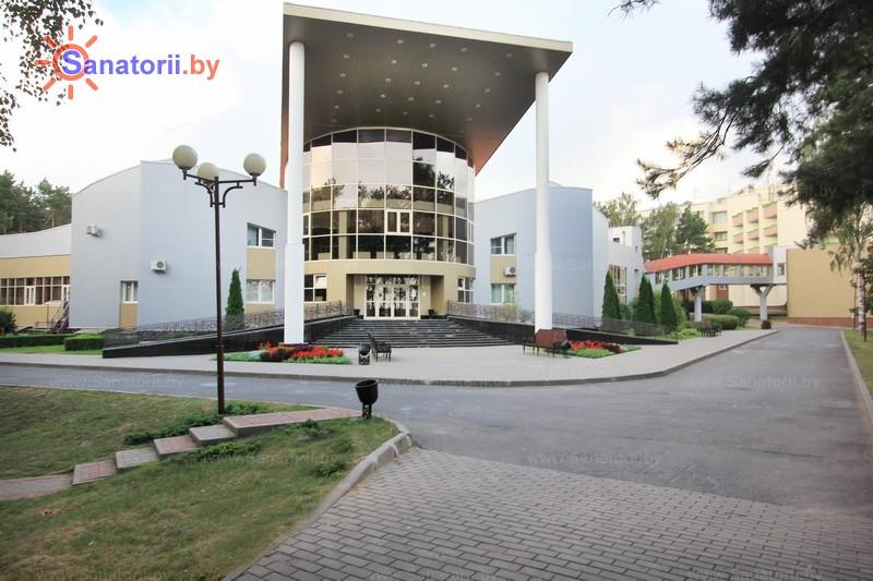 Санатории Белоруссии Беларуси - санаторий Солнечный берег - бассейн