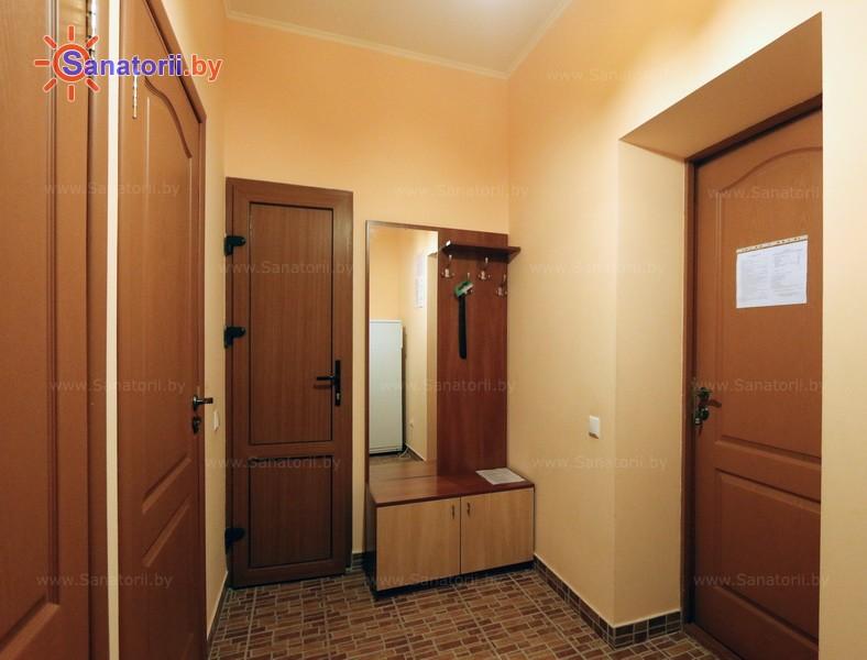 Санатории Белоруссии Беларуси - оздоровительный комплекс Белино - двухместный в блоке (2+2) повышенной комфортности (основной корпус)