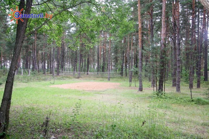 Санатории Белоруссии Беларуси - оздоровительный комплекс Белино - Спортплощадка