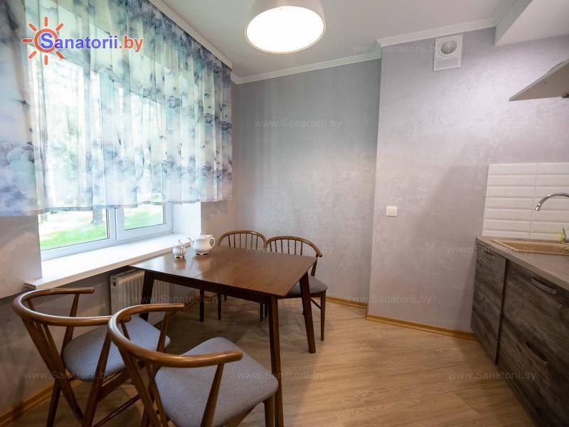 Санатории Белоруссии Беларуси - санаторий Березина - двухместный двухкомнатный люкс №1, 2 (спальный корпус №3)