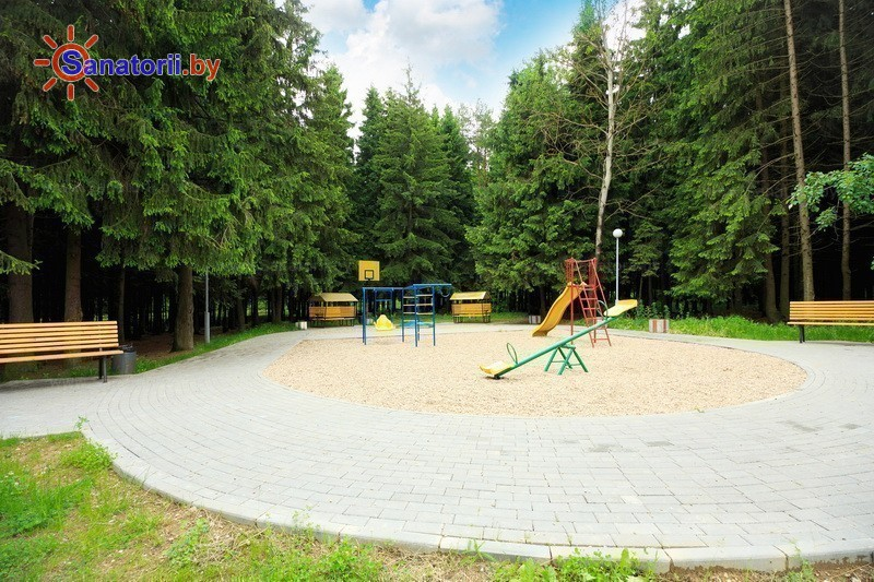 Санатории Белоруссии Беларуси - санаторий Приморский - Детская площадка