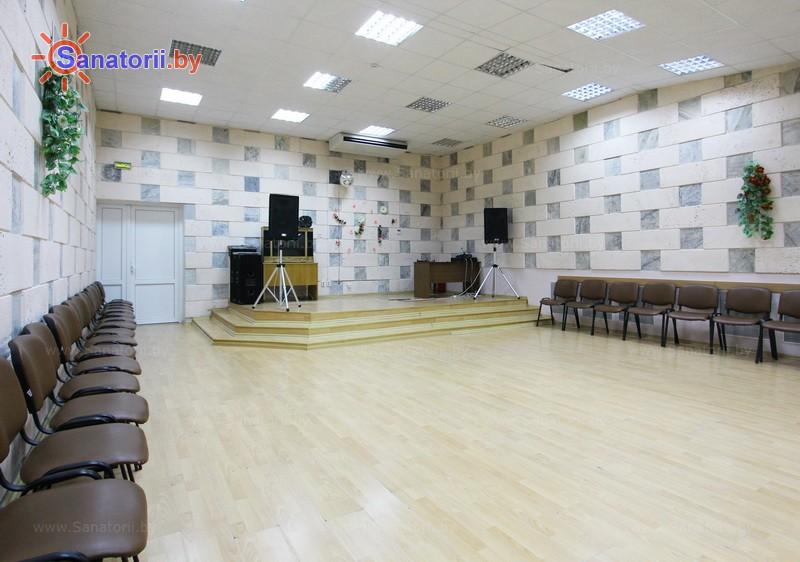 Санатории Белоруссии Беларуси - санаторий Пралеска - Танцевальный зал