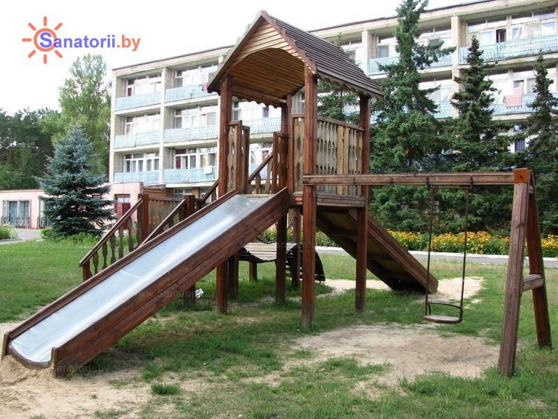 Санатории Белоруссии Беларуси - санаторий Серебряные ключи - Детская площадка