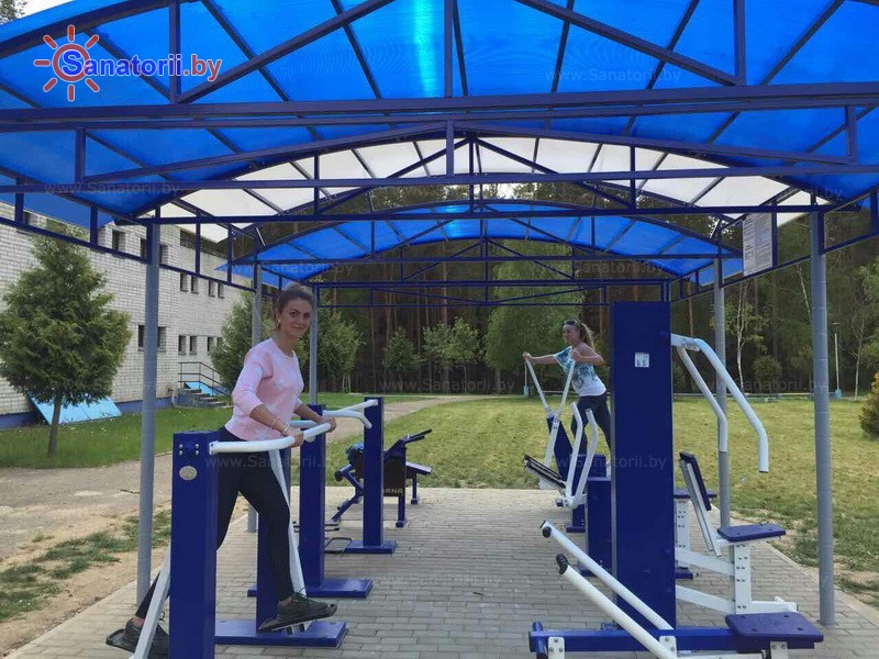 Санатории Белоруссии Беларуси - санаторий Чаборок - Уличные тренажеры