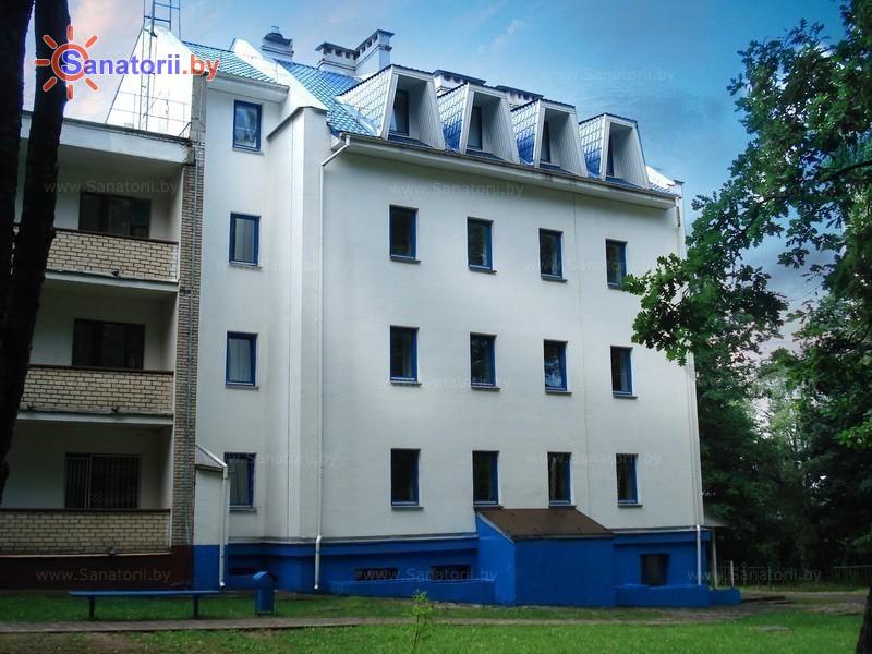 Санатории Белоруссии Беларуси - оздоровительный центр Дудинка - лечебный корпус