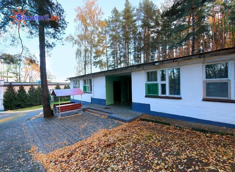 Санатории Белоруссии Беларуси - оздоровительный центр Дудинка - летний домик