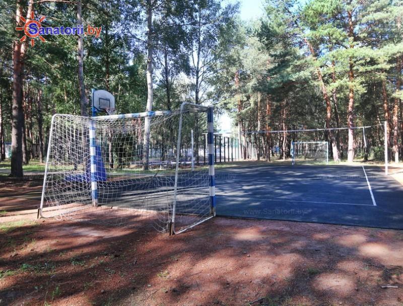 Санатории Белоруссии Беларуси - санаторий Солнечный - Спортплощадка