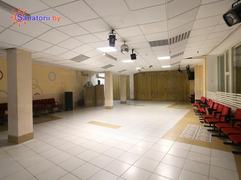 Санатории Белоруссии Беларуси - ДРОЦ Ждановичи - Танцевальный зал