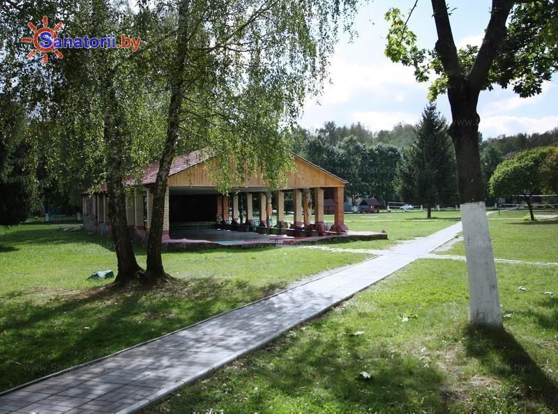 Санатории Белоруссии Беларуси - детский санаторий Случь - Танцплощадка летняя