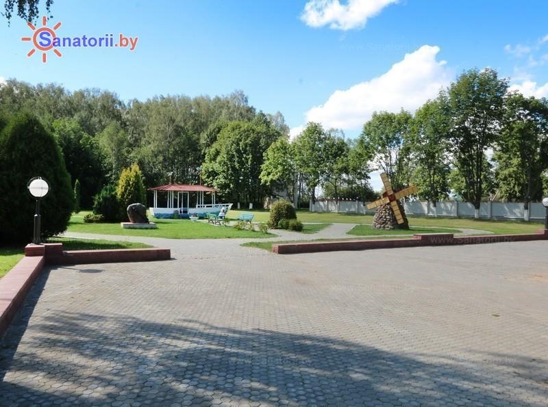 Санатории Белоруссии Беларуси - детский санаторий Случь - Территория и природа