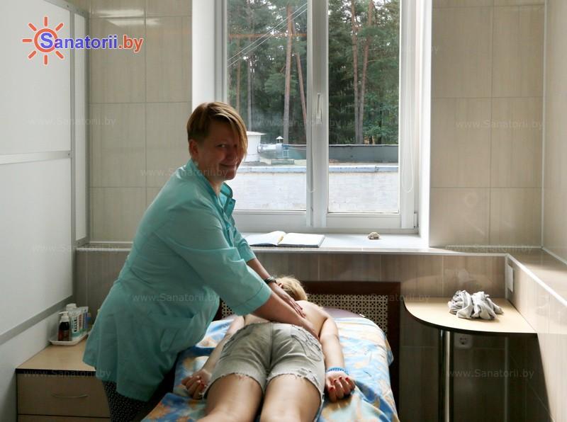 Санатории Белоруссии Беларуси - детский санаторий Солнышко - Массаж ручной