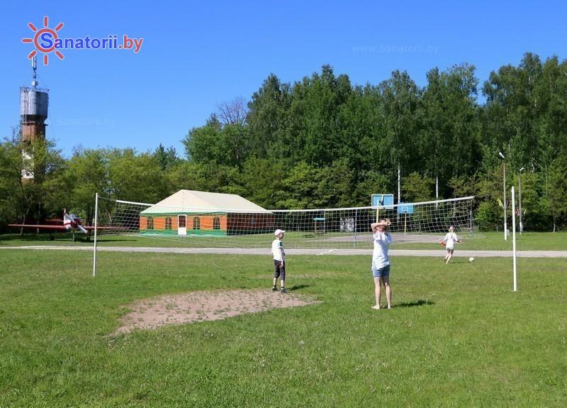 Санатории Белоруссии Беларуси - детский санаторий Росинка - Спортплощадка