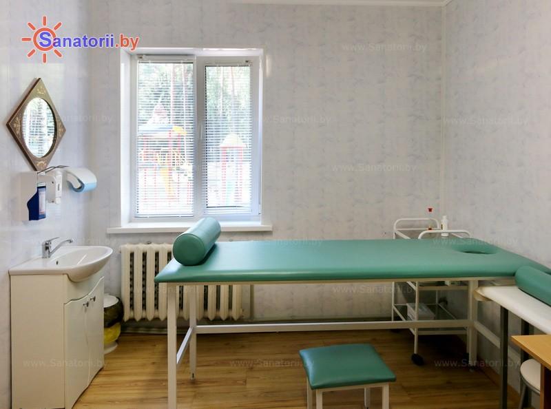 Санатории Белоруссии Беларуси - детский санаторий Налибокская пуща - Массаж ручной