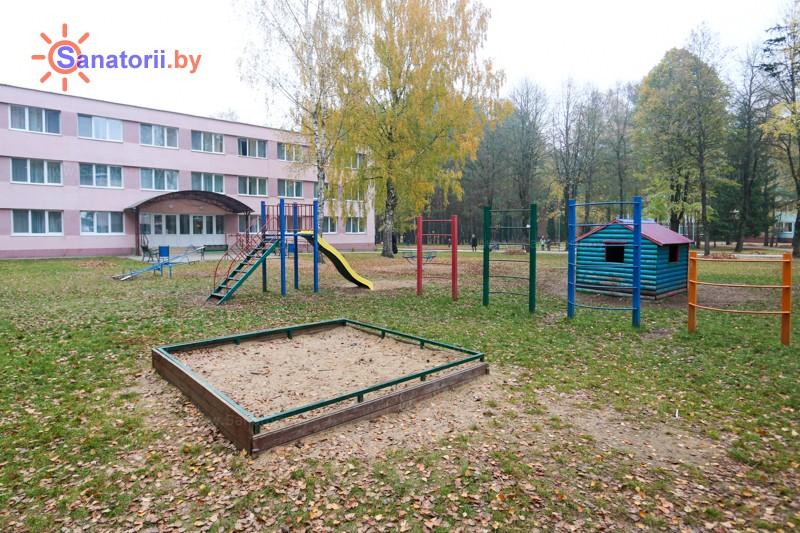 Санатории Белоруссии Беларуси - санаторий Неман-72 - Детская площадка