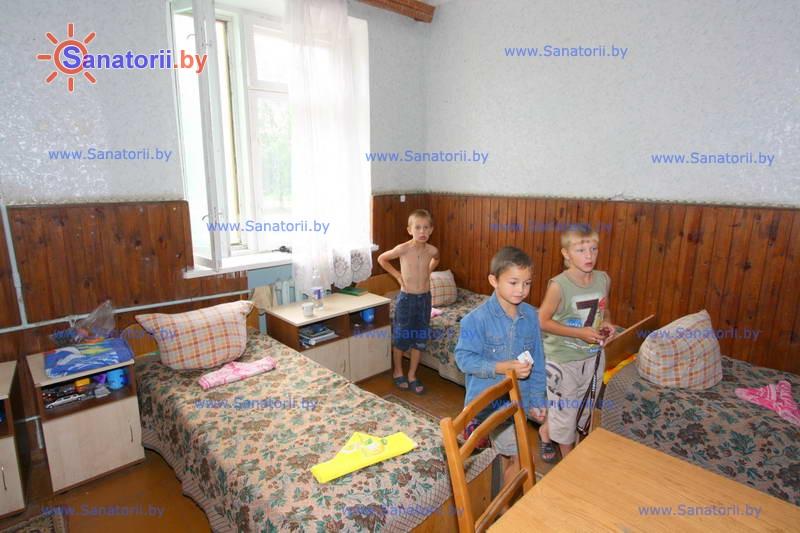 Санатории Белоруссии Беларуси - детский санаторий Свислочь - четырехместный однокомнатный (спальный корпус №2)