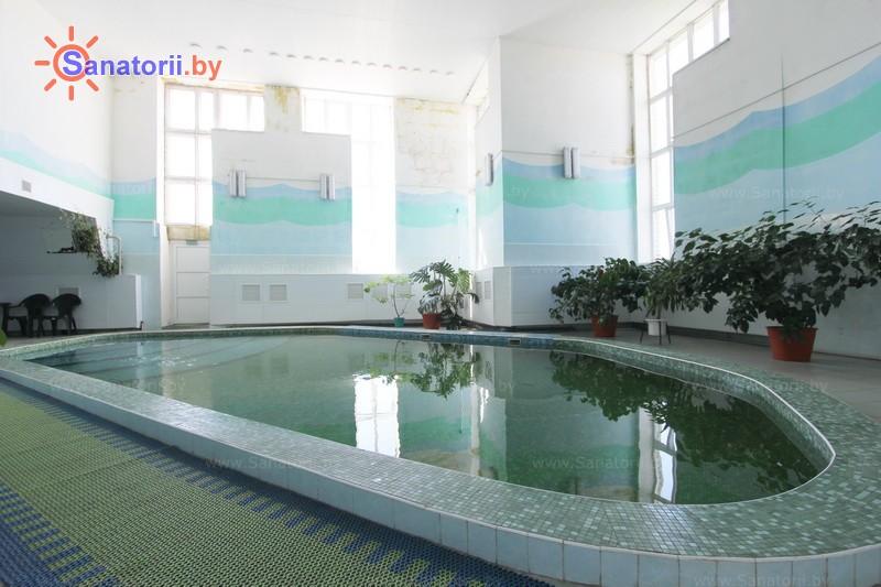 Санатории Белоруссии Беларуси - детский санаторий Свислочь - Бассейн