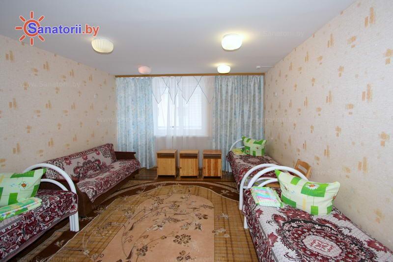 Санатории Белоруссии Беларуси - ДРОЦ Свитанак - четырехместный однокомнатный (спальный корпус №1)