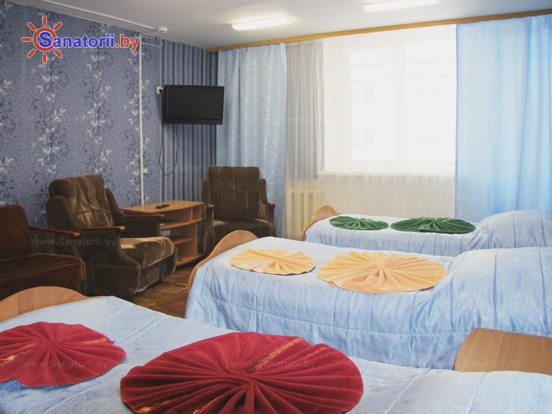 Санатории Белоруссии Беларуси - ДРОЦ Свитанак - трехместный однокомнатный (спальный корпус №1)
