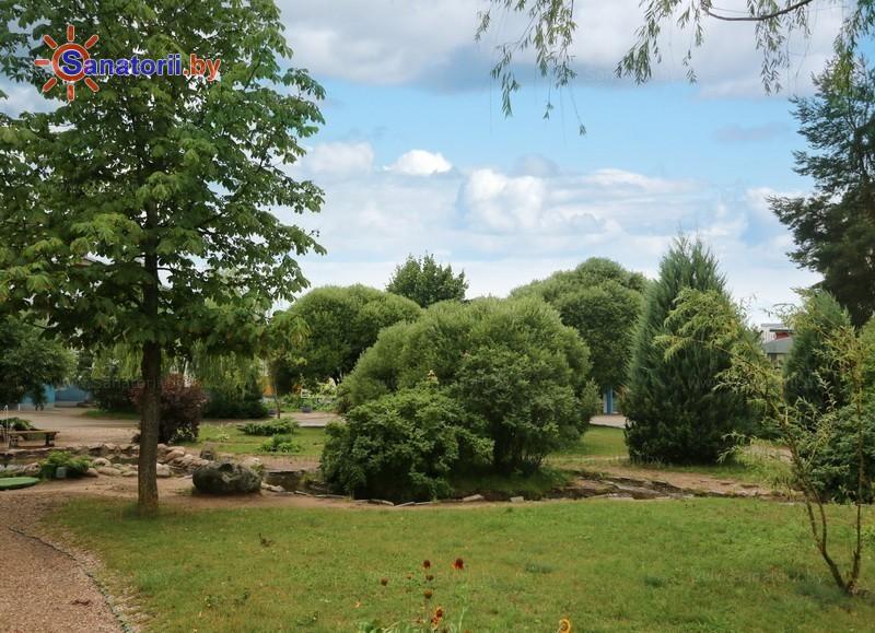 Санатории Белоруссии Беларуси - ДРОЦ Надежда - Территория и природа