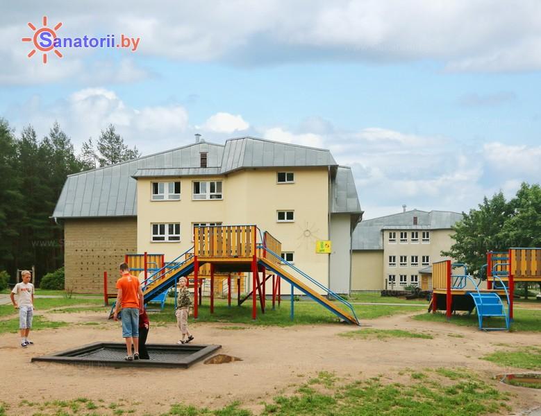 Санатории Белоруссии Беларуси - ДРОЦ Надежда - Детская площадка