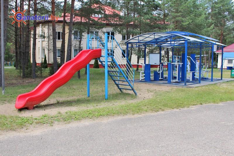 Санатории Белоруссии Беларуси - детский санаторий Боровичок - Детская площадка