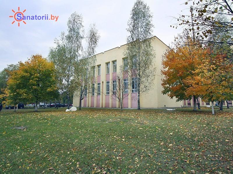 Санатории Белоруссии Беларуси -  Центр медицинской реабилитации и бальнеолечения - Территория и природа