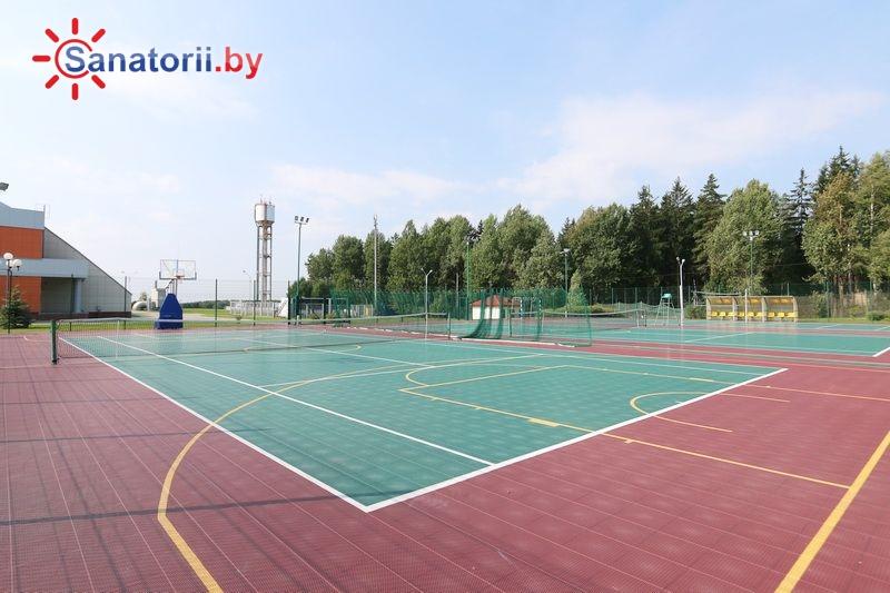 Санатории Белоруссии Беларуси - оздоровительный центр Силичи - Теннисный корт