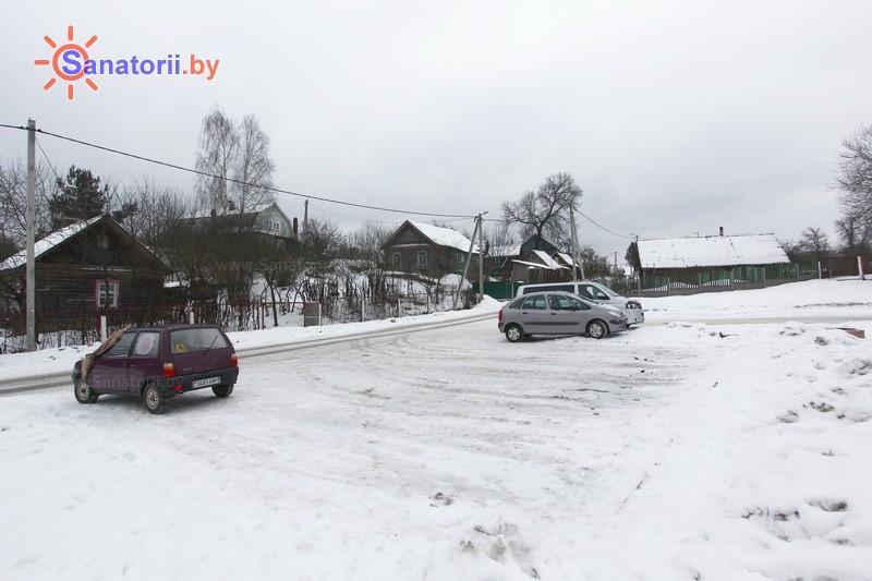 Санатории Белоруссии Беларуси - РДБМР Острошицкий городок - Парковка