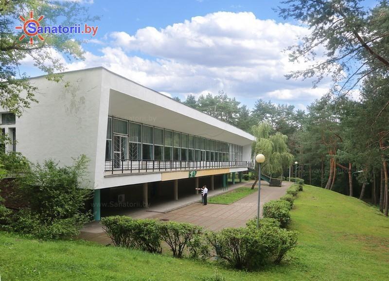 Санатории Белоруссии Беларуси - санаторий Нарочанка - главный корпус