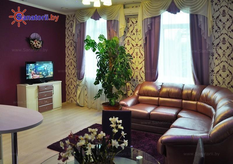 Санатории Белоруссии Беларуси - санаторий Белорусочка - двухместный двухкомнатный люкс №2, 3, 4, 5, 6 (корпус №1)