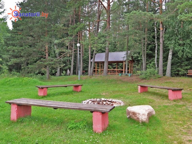 Санатории Белоруссии Беларуси - санаторий Боровое - Площадка для шашлыков