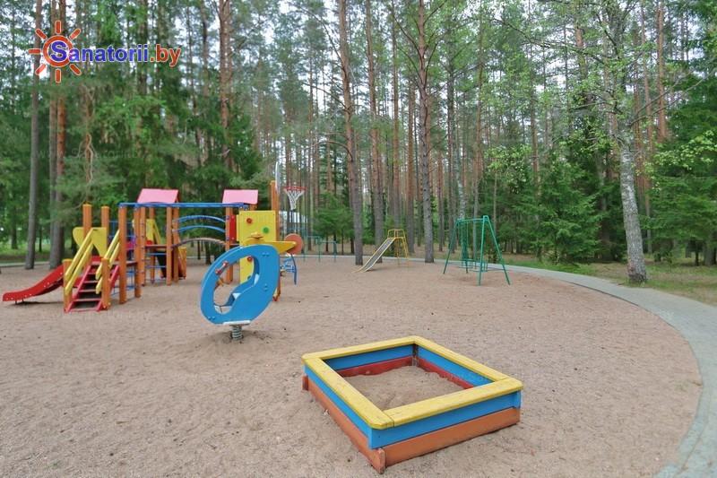 Санатории Белоруссии Беларуси - санаторий Боровое - Детская площадка