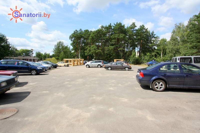 Санатории Белоруссии Беларуси - санаторий Буг - Автостоянка