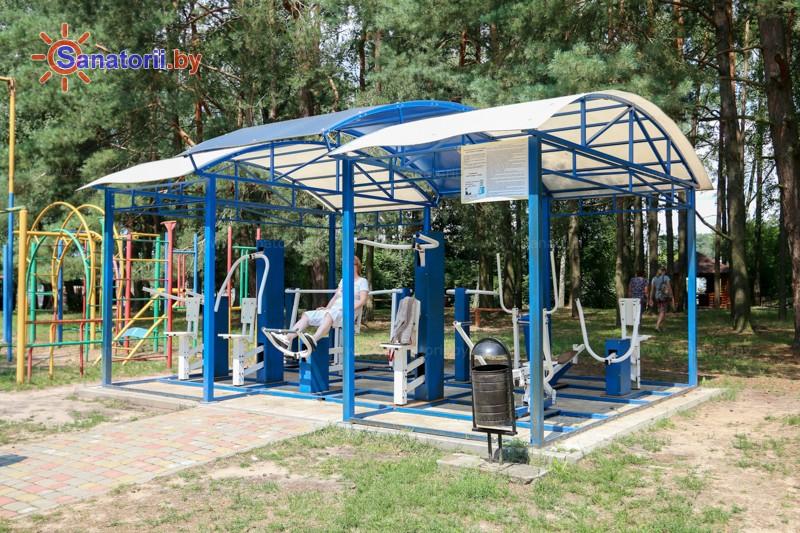 Санатории Белоруссии Беларуси - санаторий Буг - Уличные тренажеры