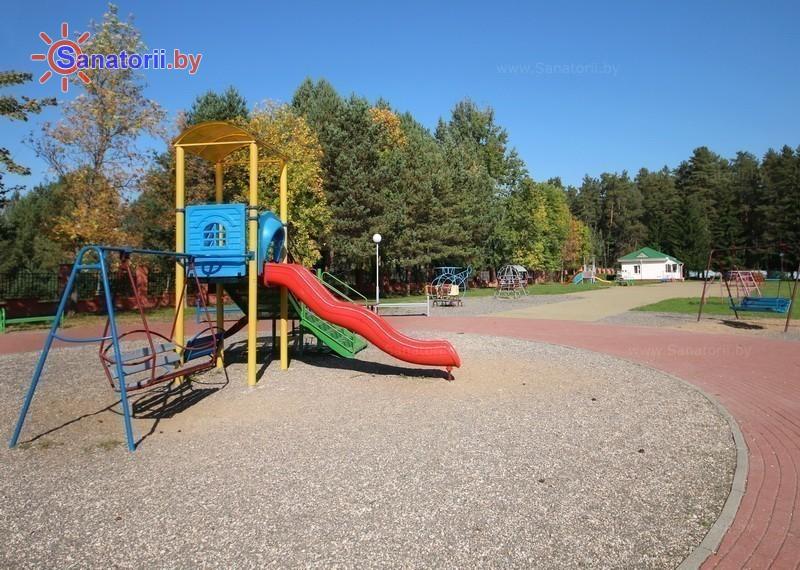 Санатории Белоруссии Беларуси - оздоровительный центр Энергетик - Детская площадка